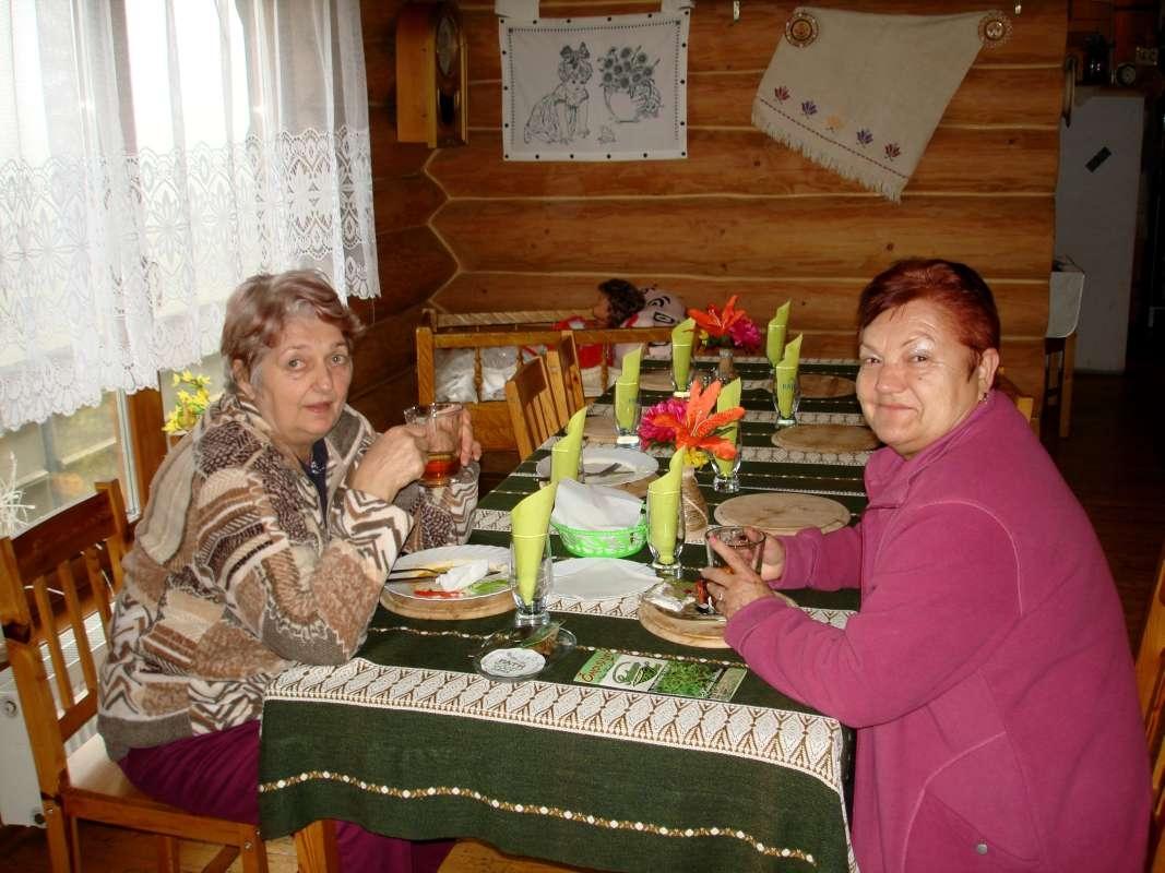20.10.2017 Koliba Luhyňa - Oľga a Valika