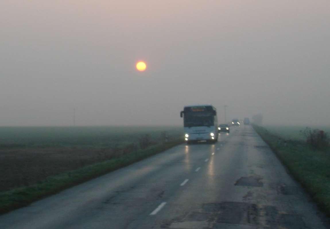 20.10.2017 Ranné slnko v hmle po ceste do Viničiek