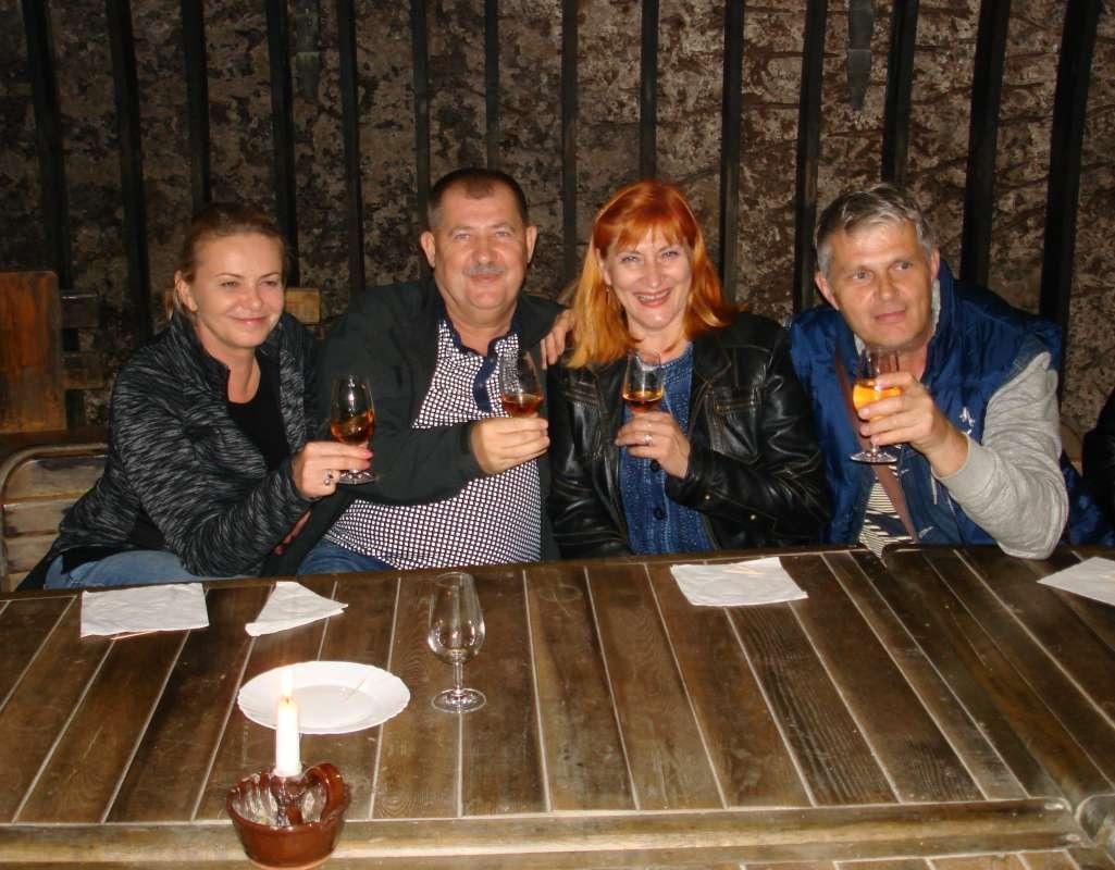 20.10.2017 Viničky - Degustácia - Jarka, Hajo, Božka, Ivan