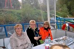 20.10.2017 Na lodi - Milka Herpáková, Valika Lovacká a manželka Milana Dlabaja 2